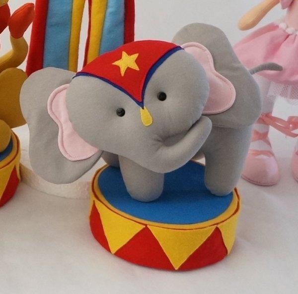 392871_circo-elefante