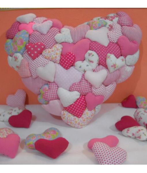 Almofada Coração In Love rosa
