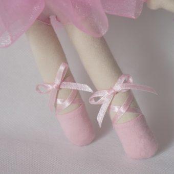 Bailarina Barbara pé