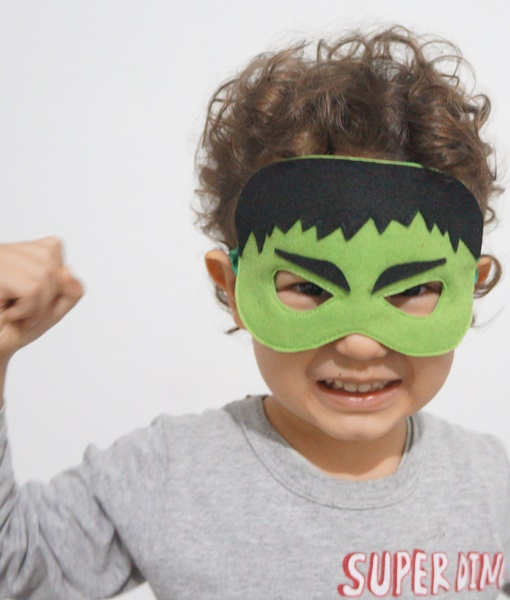 Mascara Hulk ele