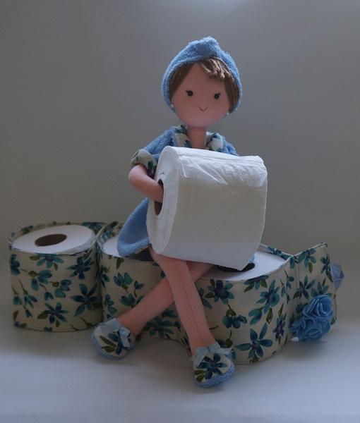 Porta papel higienico boneca Irene azul