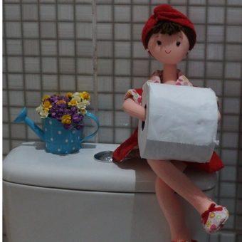 Porta papel higienico BONECA VERMELHO