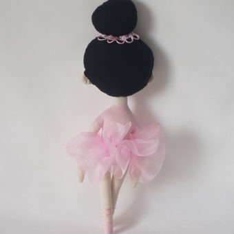 Bailarina Babi pé t